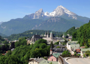 Private Eagles Nest and Bavarian Alps Tour from Salzburg