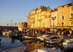 Private Day Trip to Saint Tropez by Minivan