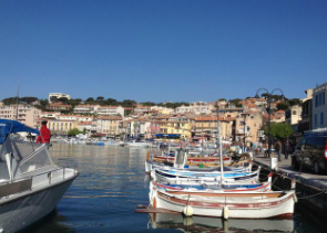 Toulon Shore Excursion : Full Day Private Tour of Provence Villages Cassis, Marseille and Le Castellet