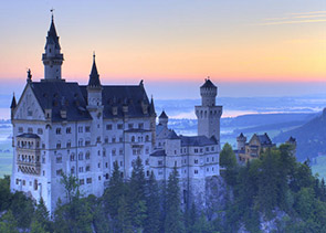 Private Tour of the Royal Castles of Neuschwanstein and Hohenschwangau from Munich