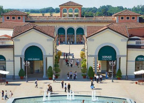 Private Tour to Serravalle Outlet from Milan
