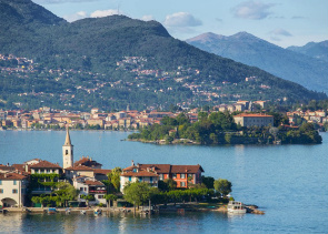 Private Tour to Lake Maggiore from Milan
