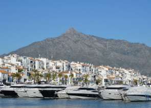 Private tour to Puerto Banus