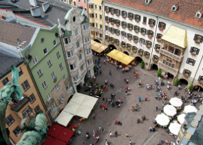 Innsbruck Day Trip from Munich and Swarovski Crystal Worlds