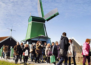 Private Day Trip to Zaanse Schans Windmills, Volendam and Edam from Amsterdam
