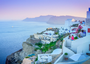 Shared Tour: Sunset in Oia –Afternoon Delight